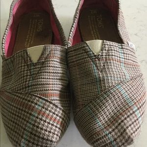 Toms Classic Slip On Herringbone S-7 Shoes
